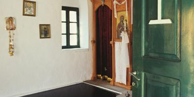 Per Barclay: The Church of the Holy Virgin Mary (1990)